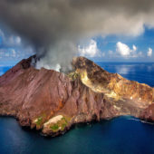 Photo of the Week: Volcanic Crater, White Island, New Zealand