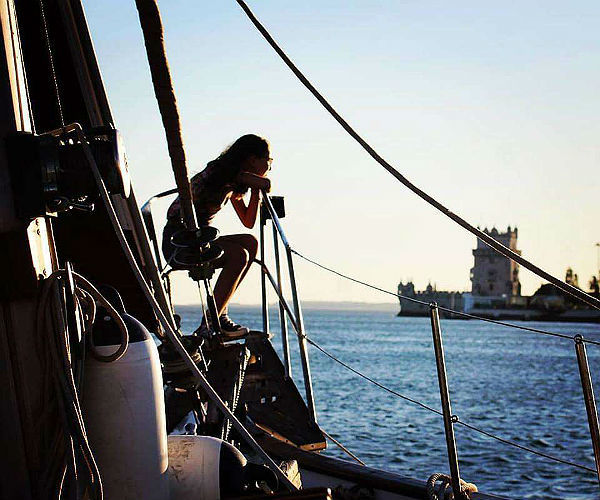 seabooking-private-yacht-tour-lisbon