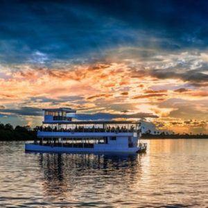 5 worldwide mini cruises to savor