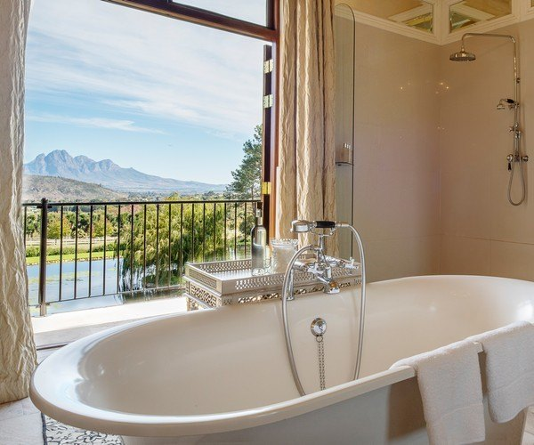 La Residence Bath With A View