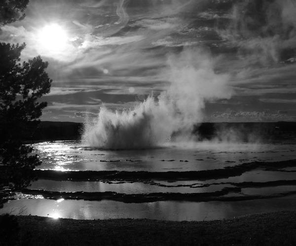 Yellowstone Great Fountain Geyser, Wyoming