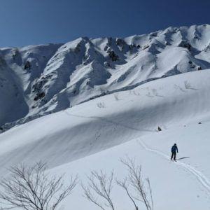 3 outdoor activities to enjoy in a closed ski resort