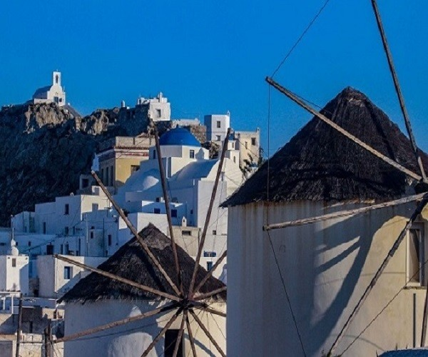 A characteristic of the Chora of Serifos are the three windmills in Ano Chora
