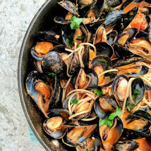 Recipe of the week: Black mussels in tomato, coconut milk and lemongrass sauce