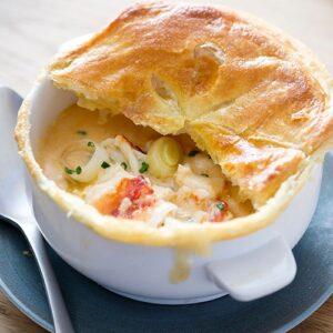 Recipe of the week: Lobster bisque en croûte