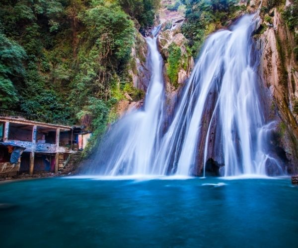 Top 5 places to visit in Uttarakhand in India
