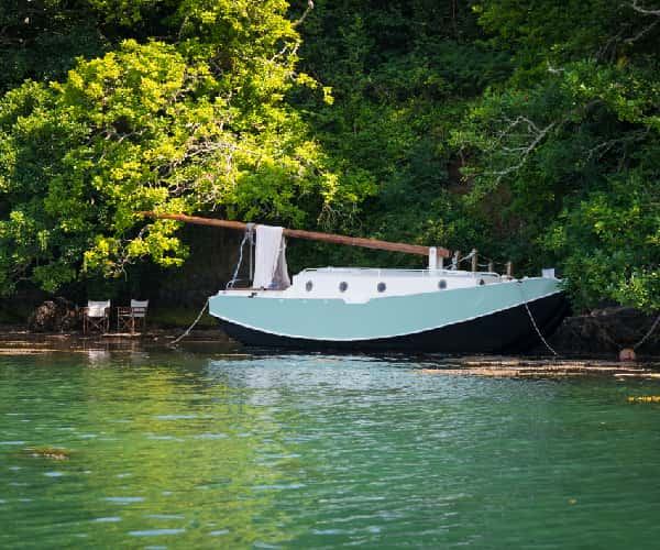 Oyster, the glamping boat near Salcombe