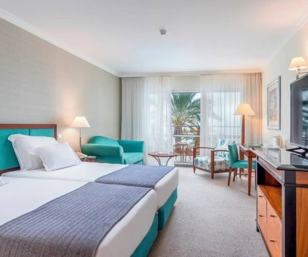 Pestana Grand Premium Ocean Resort Bedroom