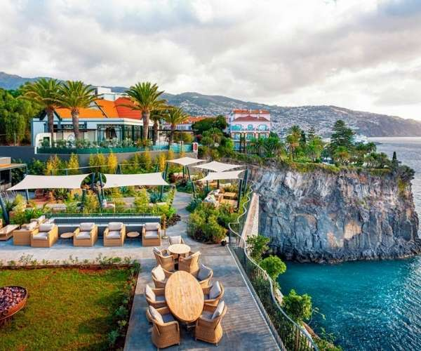 Les Suites at Cliff Bay in Funchal