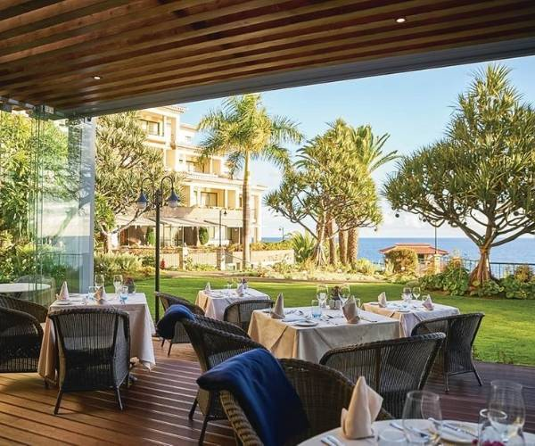 The Cliff Bay in Funchal, Dining
