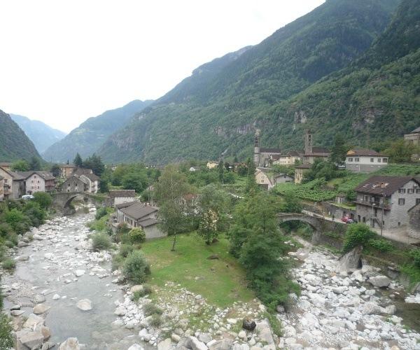 Giornico Village