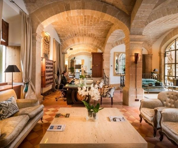 Grand first impressions at luxury hotels in Mallorca