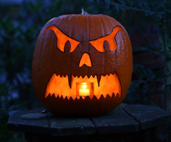 halloween wikicommons